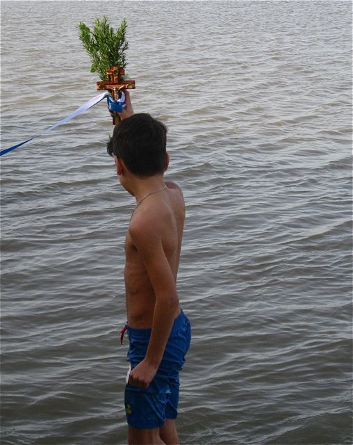 theo in the sea 4
