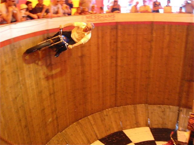 D Wall of Death