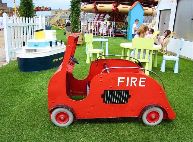 D fire engine